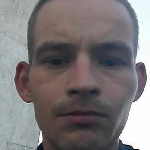 Roland, 26 éves társkereső férfi - Debrecen