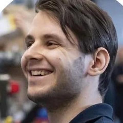 Attila, 23 éves társkereső férfi - Budapest