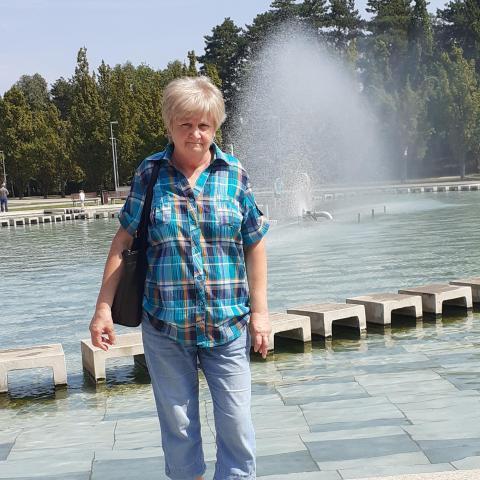 Piroska, 65 éves társkereső nő - Miskolc