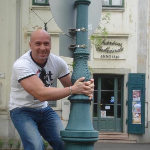 Gabriel, 40 éves társkereső férfi - Debrecen