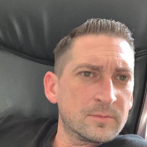 János, 40 éves társkereső férfi - Székesfehérvár