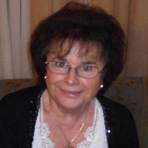 Veronika, 77 éves társkereső nő - Solymár