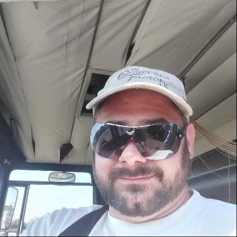Zsolti , 31 éves társkereső férfi - Nyíregyháza