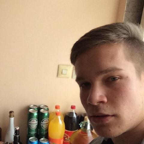Zéno, 18 éves társkereső férfi - Keszthely