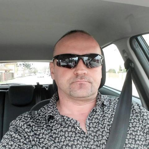 Attila, 47 éves társkereső férfi - nagykapos