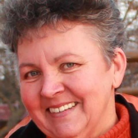 Vica, 63 éves társkereső nő - Székesfehérvár