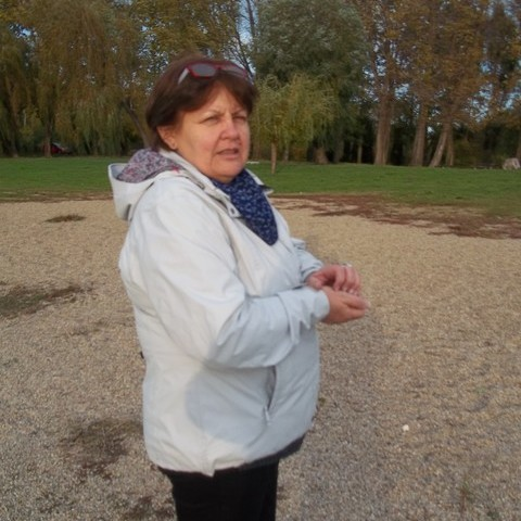 Marcsi, 62 éves társkereső nő - Dunaújváros