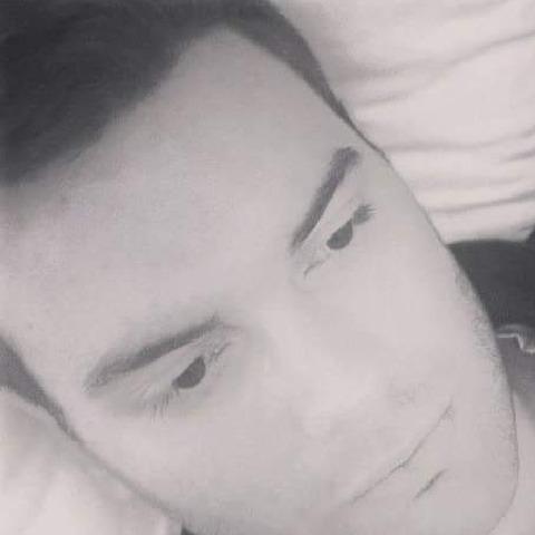 Krisztián, 28 éves társkereső férfi - Hatvan