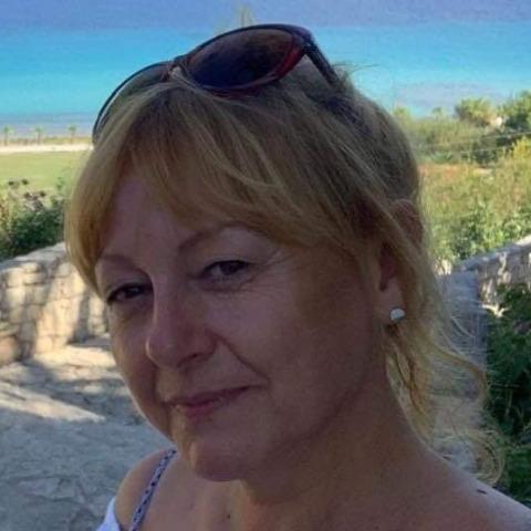 Julika, 50 éves társkereső nő - Debrecen