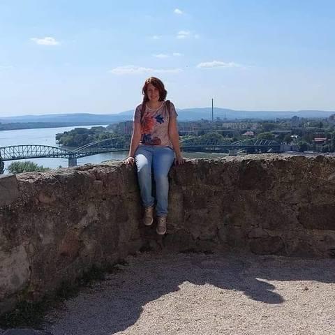 Áriel, 28 éves társkereső nő - Budapest