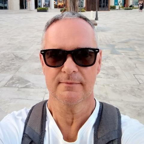 Gábor, 52 éves társkereső férfi - Debrecen