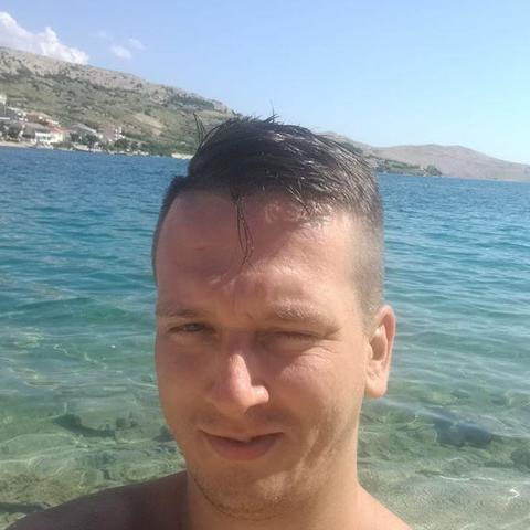 Szabolcs, 32 éves társkereső férfi - Pécs
