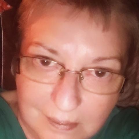 Anna, 63 éves társkereső nő - Szolnok