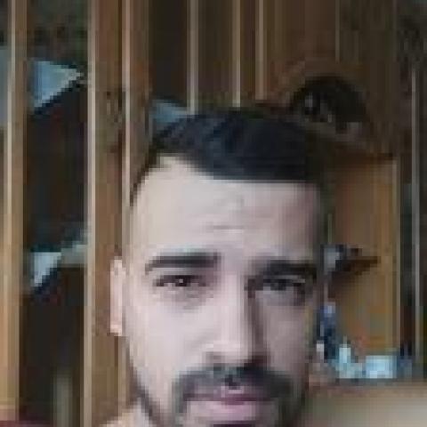 Lezly, 31 éves társkereső férfi - Miskolc