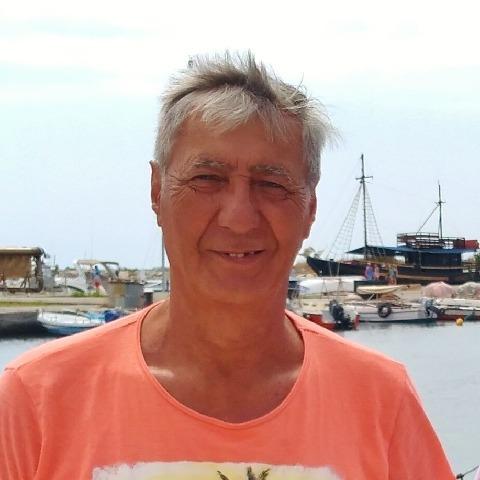 András, 63 éves társkereső férfi - Kiskőrös