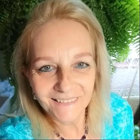 Izabella, 60 éves társkereső nő - Szigetszentmiklós