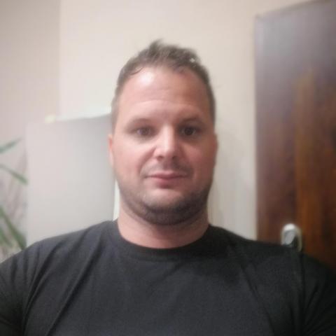 Tomi, 37 éves társkereső férfi - Miskolc
