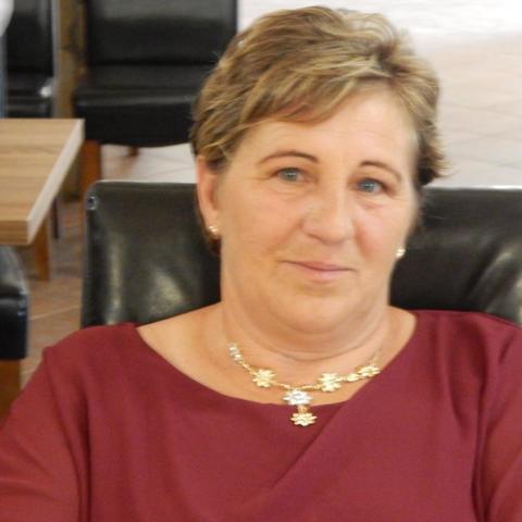 Katinka, 57 éves társkereső nő - Drávacsehi
