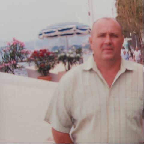 András, 62 éves társkereső férfi - Eger