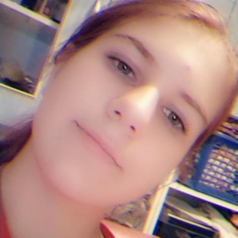 Emma, 16 éves társkereső nő - Vác