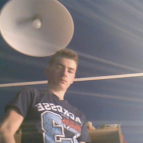 Lázár, 19 éves társkereső férfi - Békéscsaba
