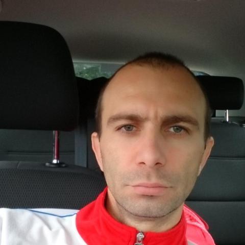 Laszlo, 42 éves társkereső férfi - southport