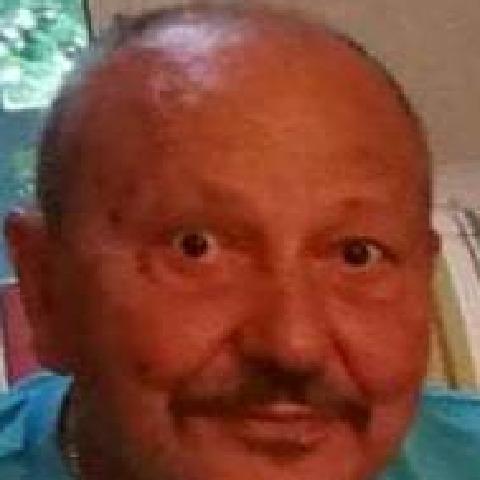 Peter, 75 éves társkereső férfi -