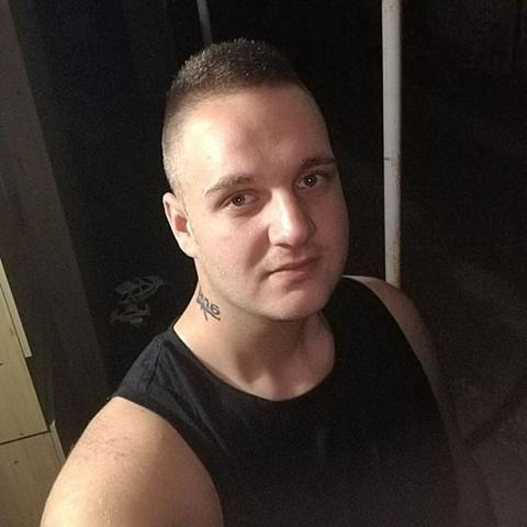 Krisztián, 26 éves társkereső férfi - Felsőnána