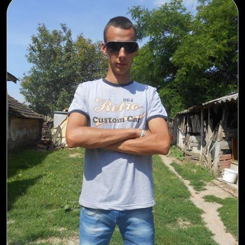 Gyula, 28 éves társkereső férfi - Zalaegerszeg