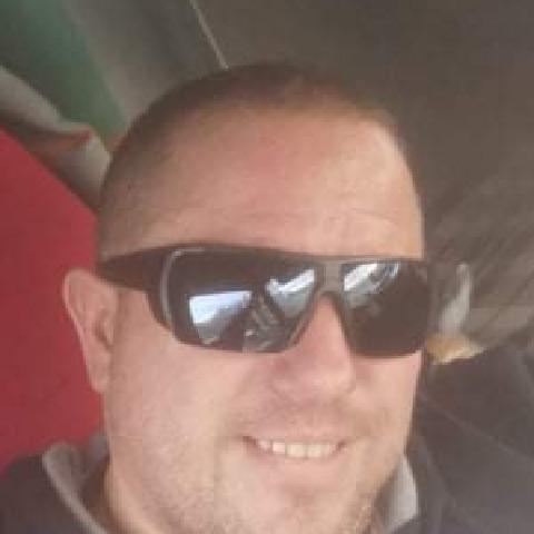 Karesz, 47 éves társkereső férfi - Vecsés