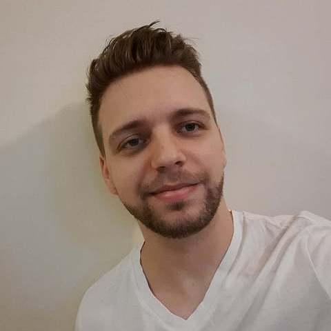 Zoli, 24 éves társkereső férfi - Debrecen