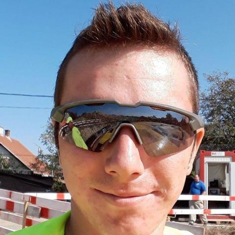 istvan, 20 éves társkereső férfi - Budapest