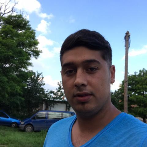 Norbi, 21 éves társkereső férfi - Kálló