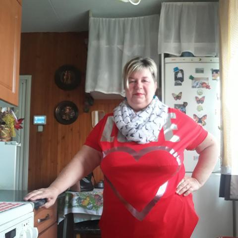 Aniko, 63 éves társkereső nő - Nyíregyháza