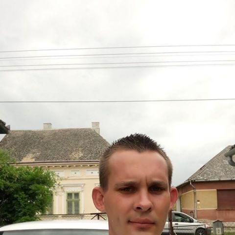 András, 26 éves társkereső férfi - Kaposvár