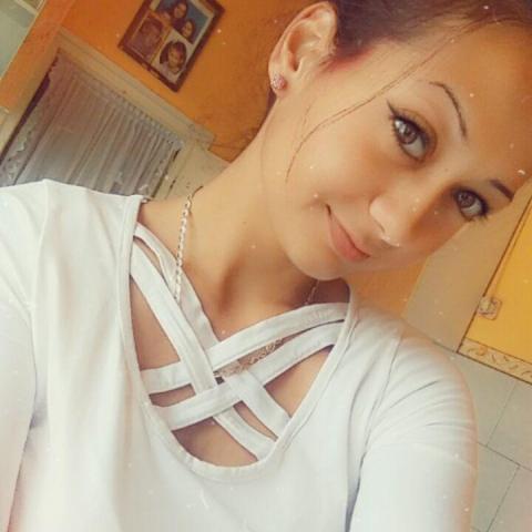 Krisztina, 19 éves társkereső nő - Miskolc