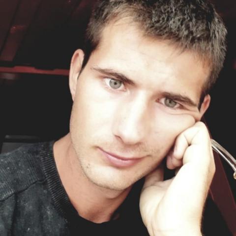Zoltán, 22 éves társkereső férfi - Matty