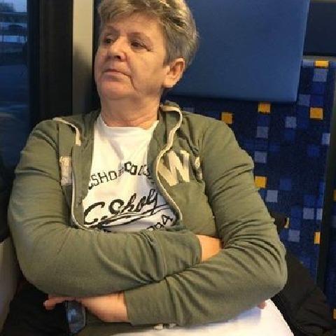 Anna, 60 éves társkereső nő - Eger