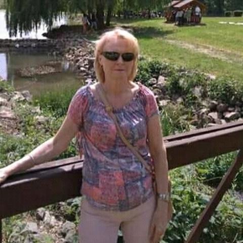 Erzsebet, 67 éves társkereső nő - Pécs