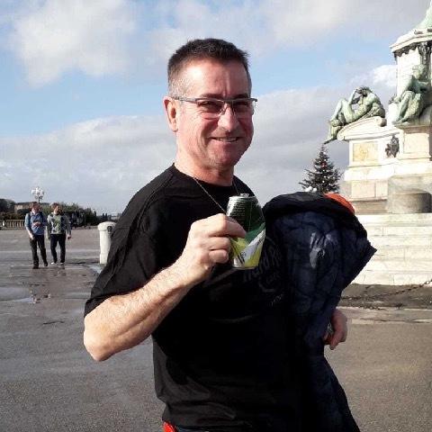 Zoli, 48 éves társkereső férfi -