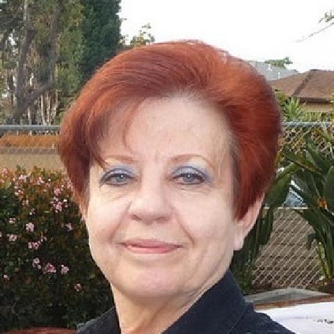 Böbe, 63 éves társkereső nő - Székesfehérvár
