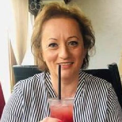 Zsuzsa, 51 éves társkereső nő - Tatabánya