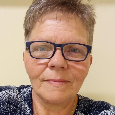 Katalin, 58 éves társkereső nő - Székesfehérvár