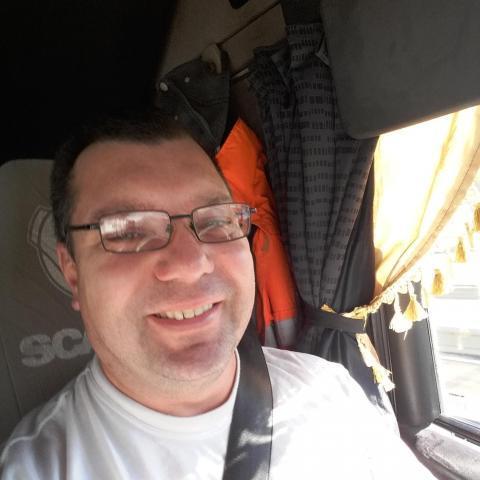 Gábor, 45 éves társkereső férfi - Gyula