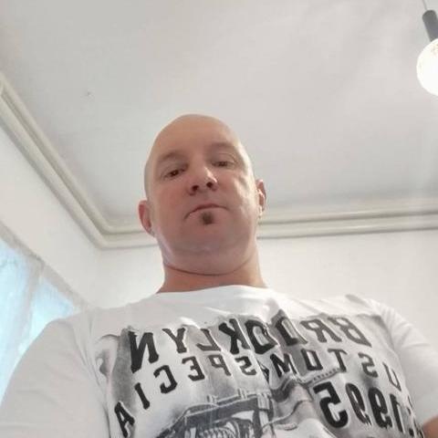 Zoltan, 46 éves társkereső férfi - Békés