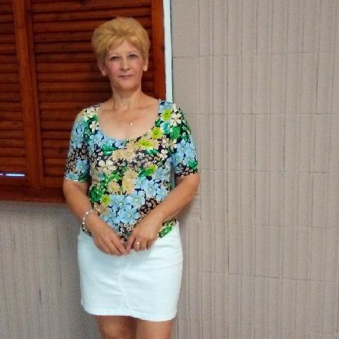 Ibolya, 54 éves társkereső nő - Miskolc