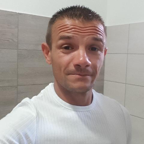 Janesz, 34 éves társkereső férfi - Tököl