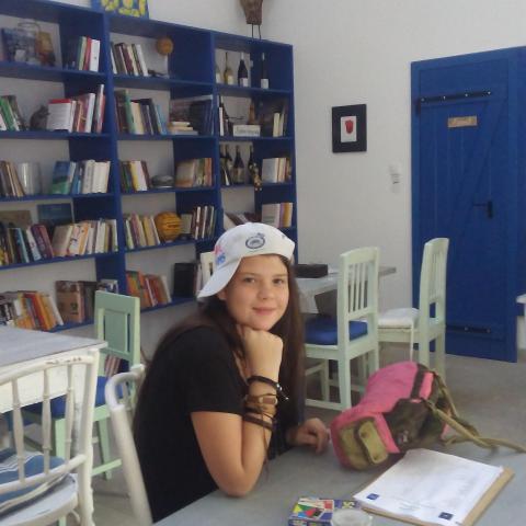 Napsugár, 19 éves társkereső nő - Salgótarján