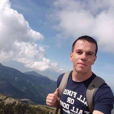Zoltán, 27 éves társkereső férfi -