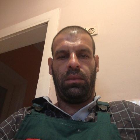 Krisztian, 41 éves társkereső férfi - Miskolc